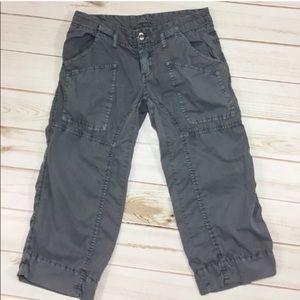 Joie zippered pocket cotton capri pants